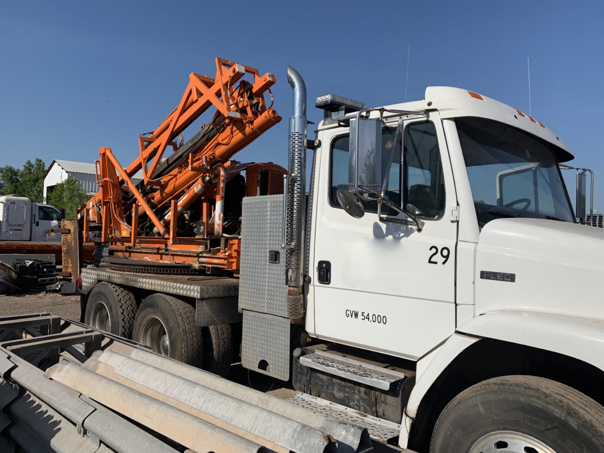 FL-80 Remote Drive Truck with Pressure Digger