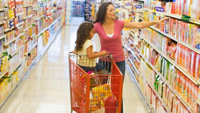 How Retielrs Trick Shoppers into Spending More photo