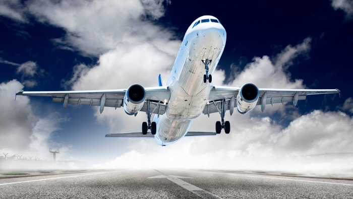 Savvy Ways to Save on Airfare photo