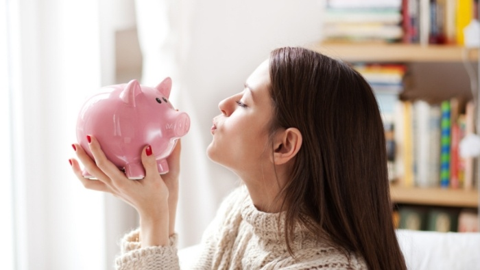 Ways to Build a Healthy Relationship with Money photo