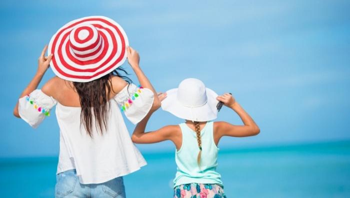 Ways to Save Money on Summer Vacation photo