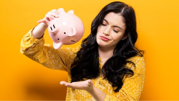 Types of People Who Have Trouble with Money photo