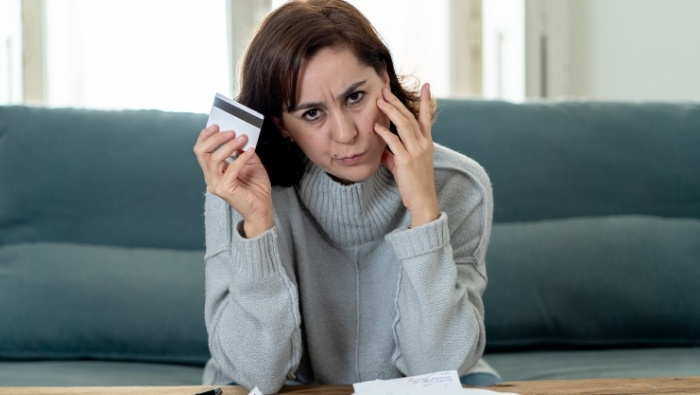 Are You Financially Unfaithful photo
