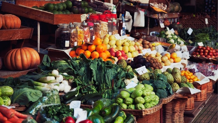Finding Frugal Fruits and Veggies photo