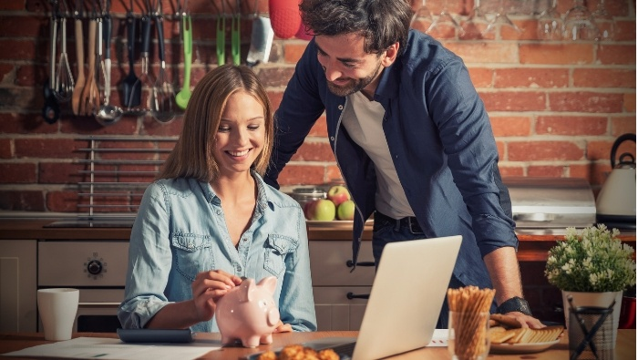 Reduce Spouse's Spending without Destrorying Relationship photo