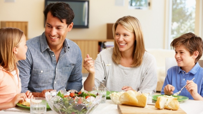 Ways Family Dinners Save Money photo