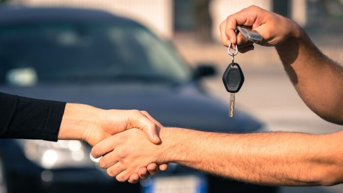 Safely Buy Used Car from Private Party photo