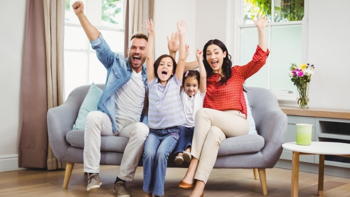 How Families Can Overcome Bankruptcy photo