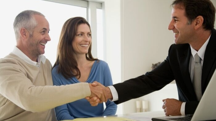 Questions to Ask a Potential Financial Advisor photo