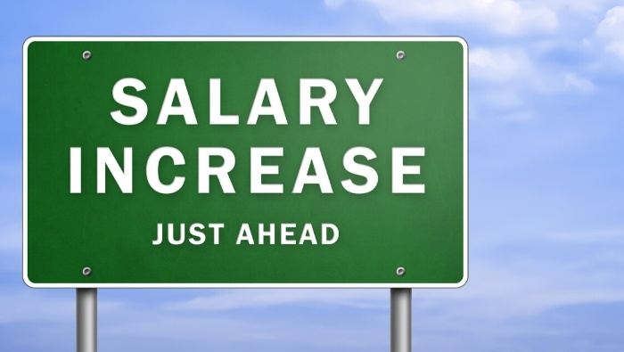 How to Position Yourself for a Salary Increase photo