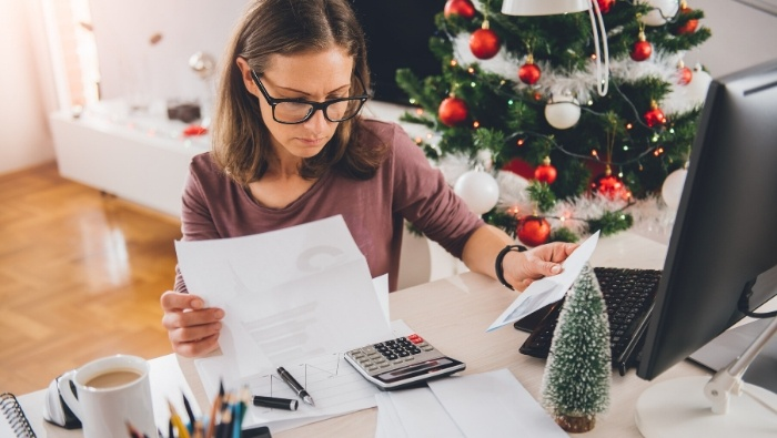 Ways to Pay Off Holiday Debt photo