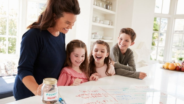 When to Involve Kids in the Family Finances photo