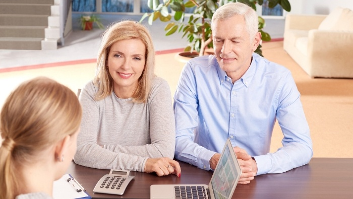 Comparison Shopping for an Investment Advisor photo