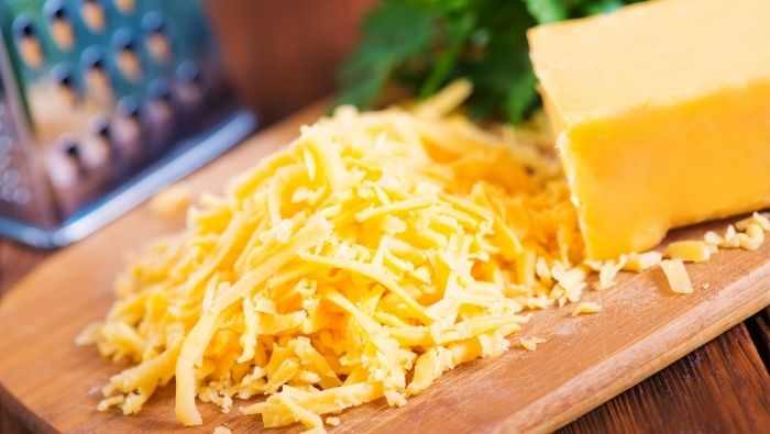 How to Prevent Cheese from Getting Moldy photo