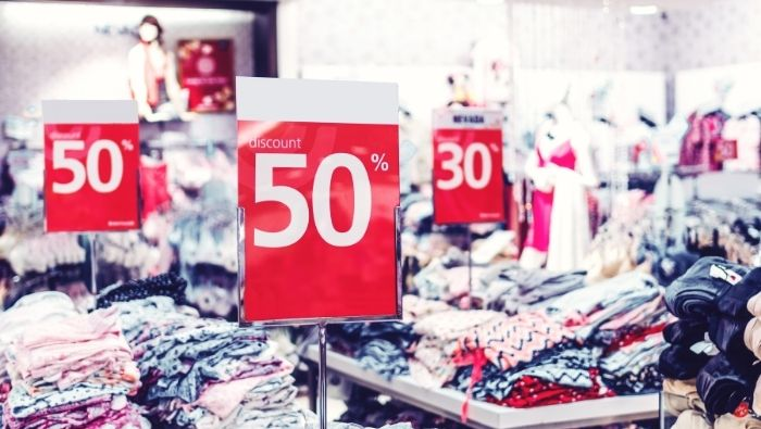 Costly Mistakes Bargain Shoppers Make photo