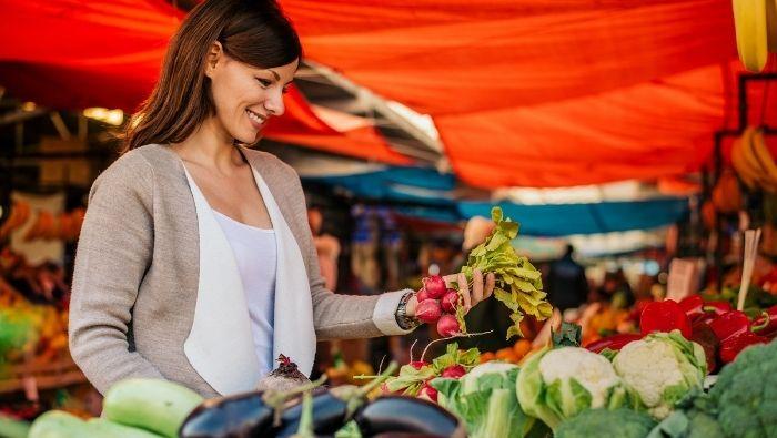 A Buying Guide for the Farmers Market photo