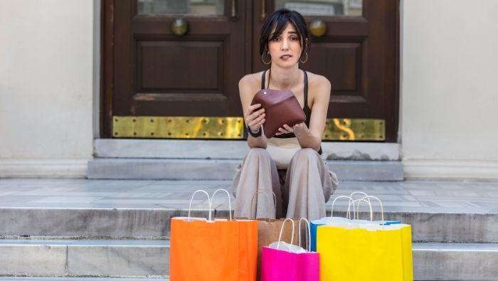 Ways to Prevent Non-Essential Spending photo