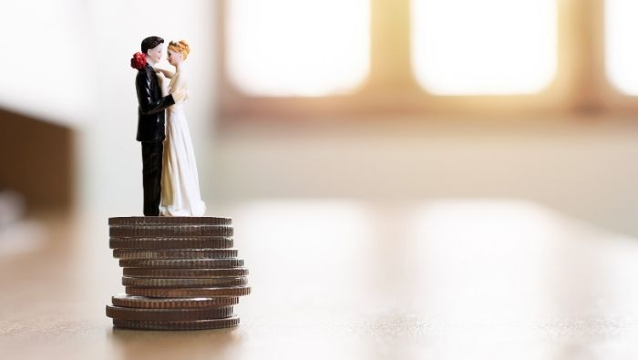 How to Keep Money from Ruining Your Marriage photo