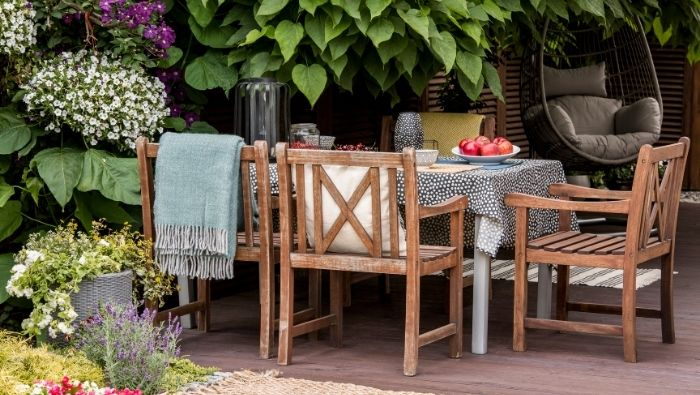 Ideas for an Affordable Outdoor Oasis photo