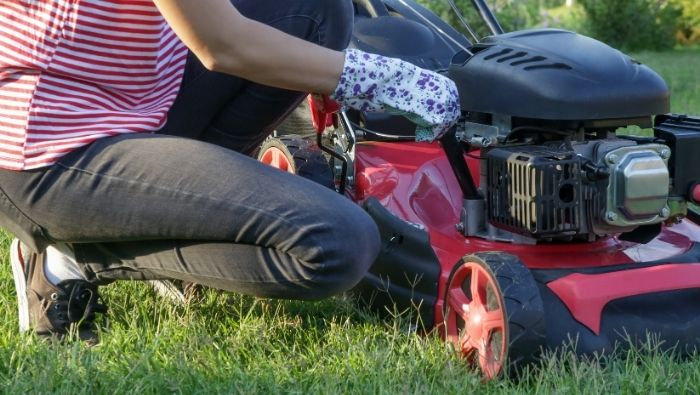 Preparing Your Lawn Mower for Winter photo