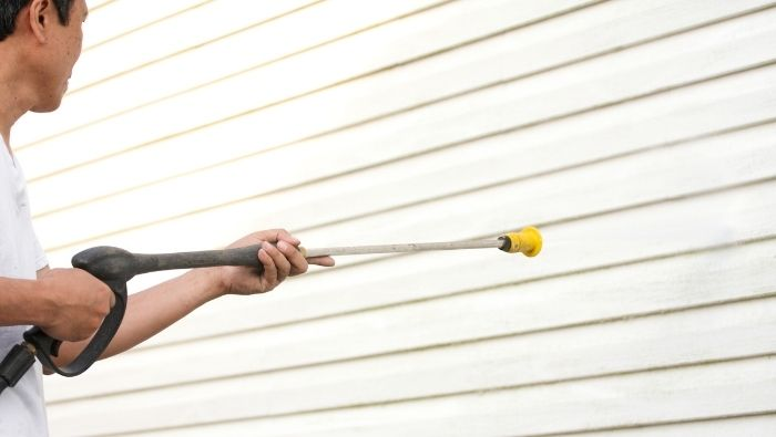 DIY Home Siding Cleaning photo