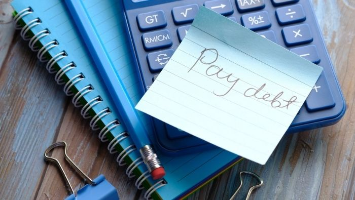 Calculating and Budgeting Debt Repayment photo