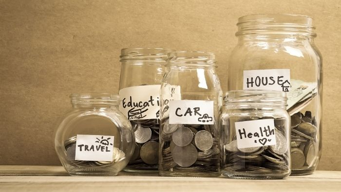 Choosing the Best Savings Strategy for Your Financial Goals photo