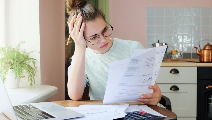 Stop Contributing to 401k to Pay Down Debt photo
