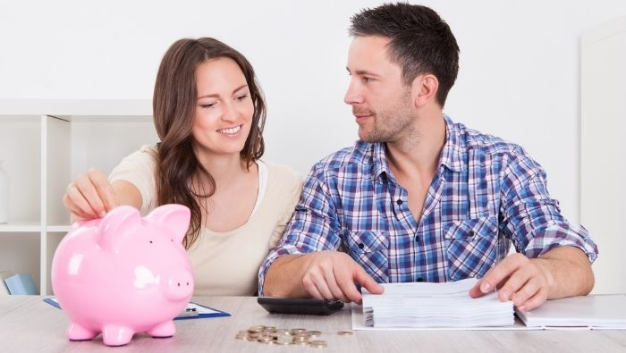 How to Manage Money as a Couple photo