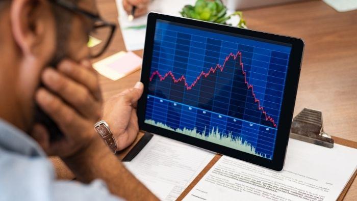 Should I Quit My 401k If the Market Turns Bad photo
