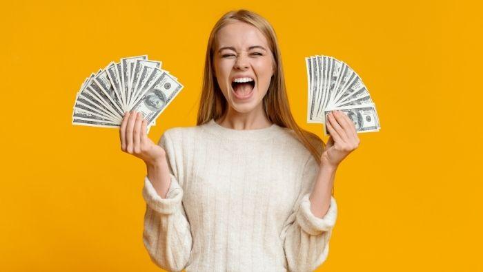 Steps to Raising a Money-Savvy Teen photo