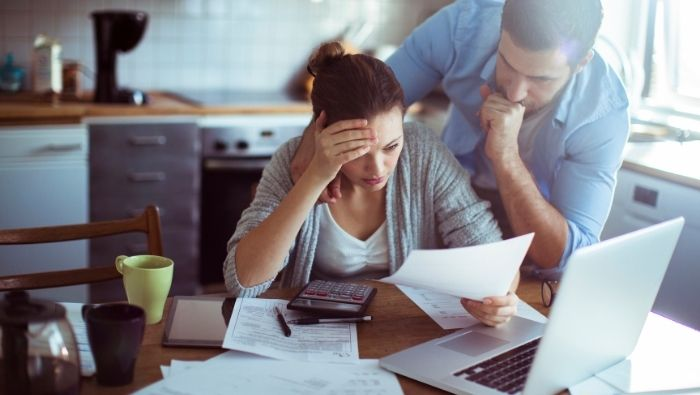 Tackling Debt When Bills Exceed Income photo