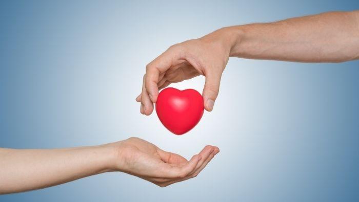 Balancing Generosity and Frugality photo