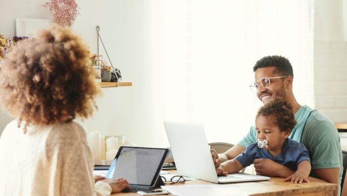 Ways Work-at-Home Parents Can Find Temporary Childcare photo