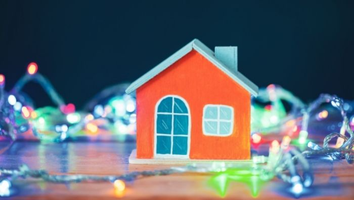 How to Avoid an Overloaded Electrical System this Christmas photo