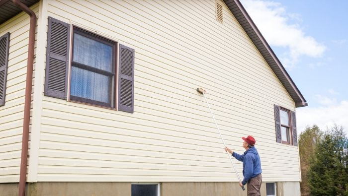 Cleaning Tar from Vinyl Siding Inexpensively photo