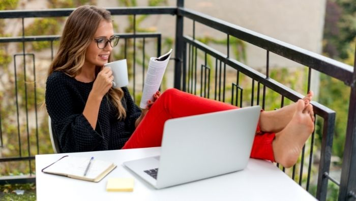 Turn Your Passion of Reading into Extra Income photo