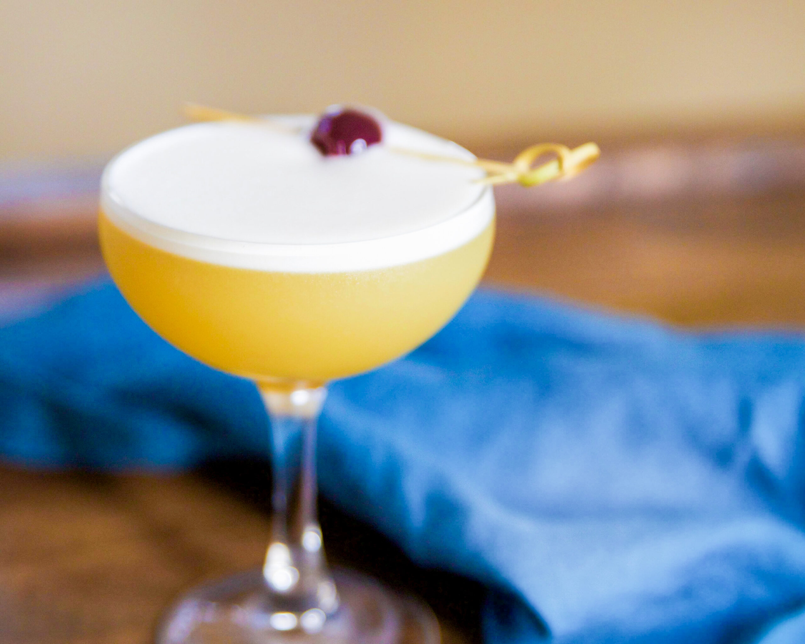 whiskey sour apartment bartender