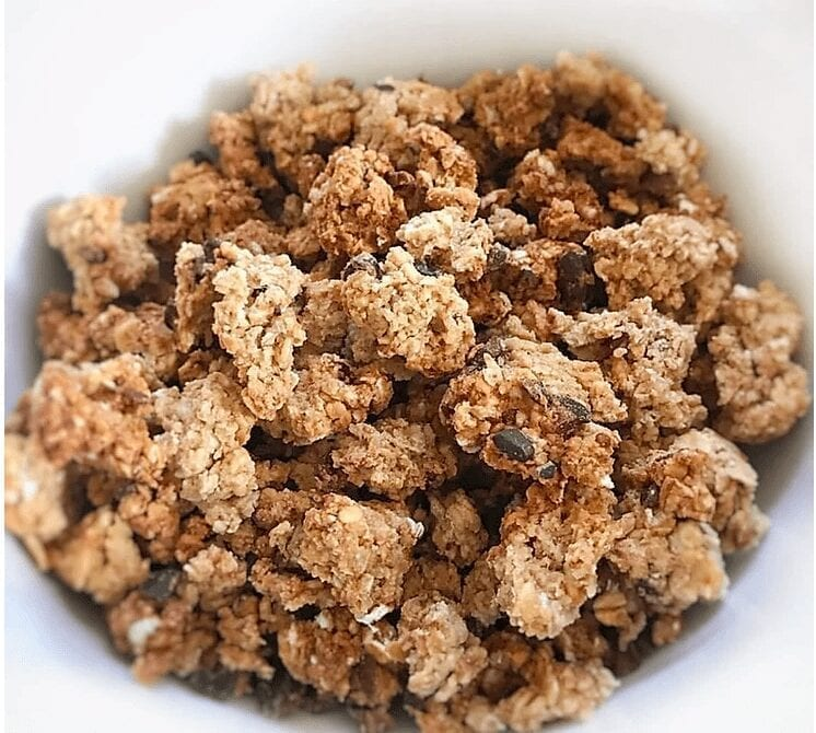 Homemade Oil-Free Chocolate Chip Granola Clusters