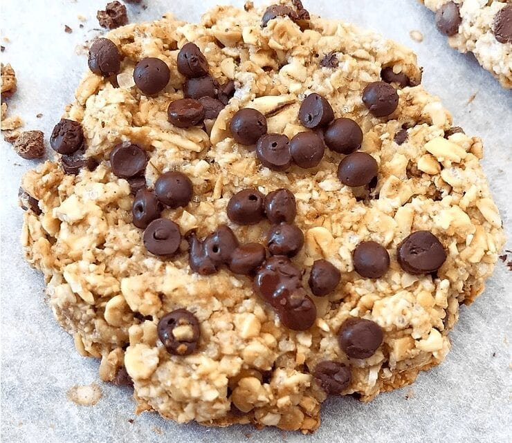 Healthy Chocolate Chip Oat Cookies