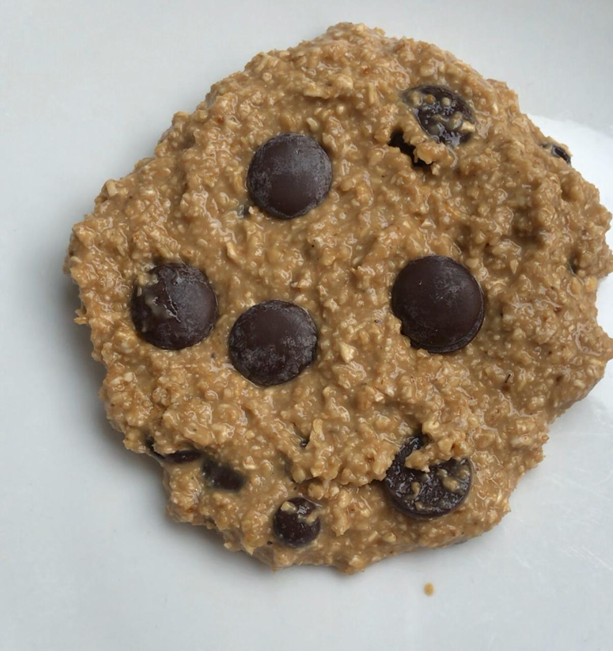 Shaping single serving oatmeal cookie