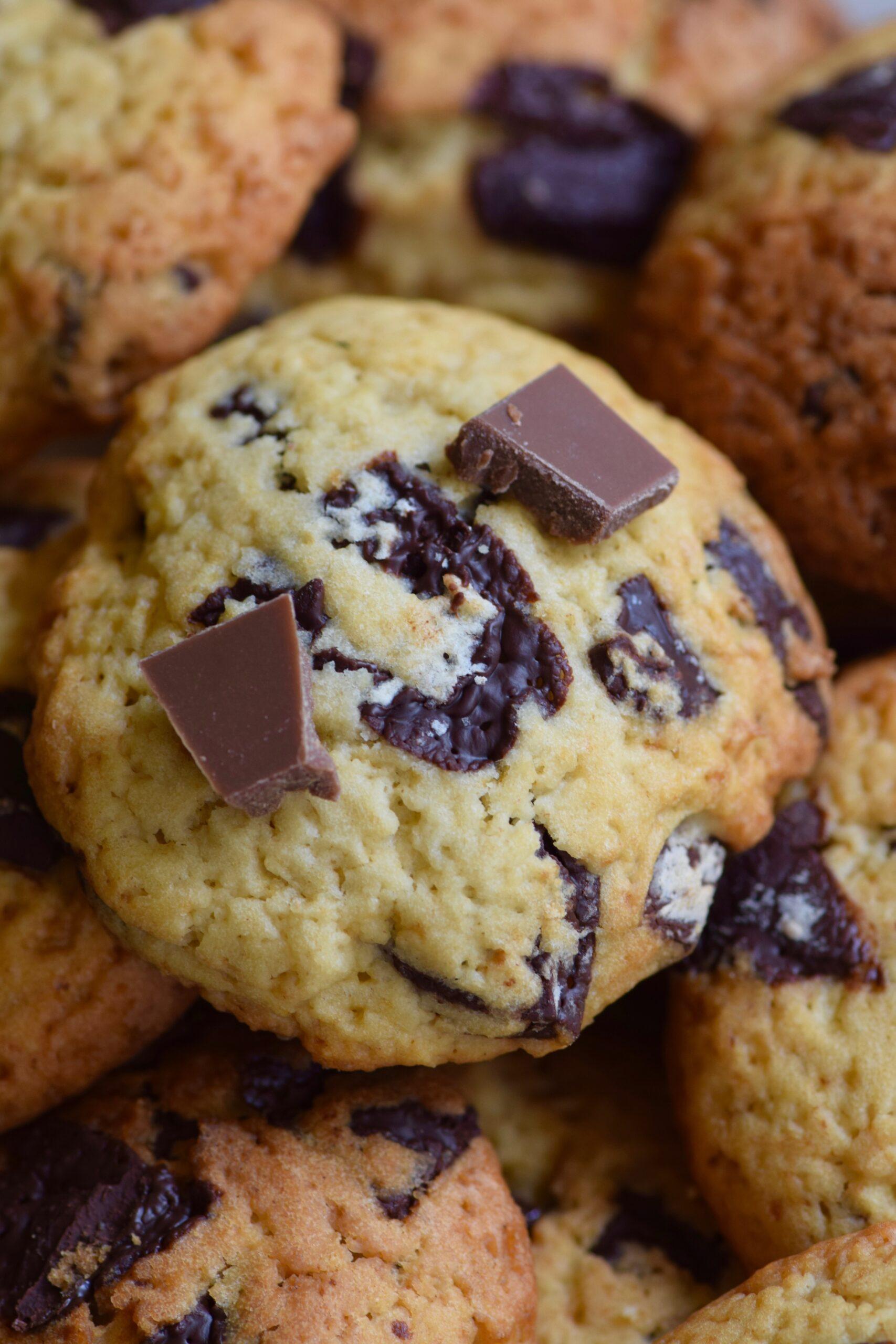 Chocolate chunk leavin cookies
