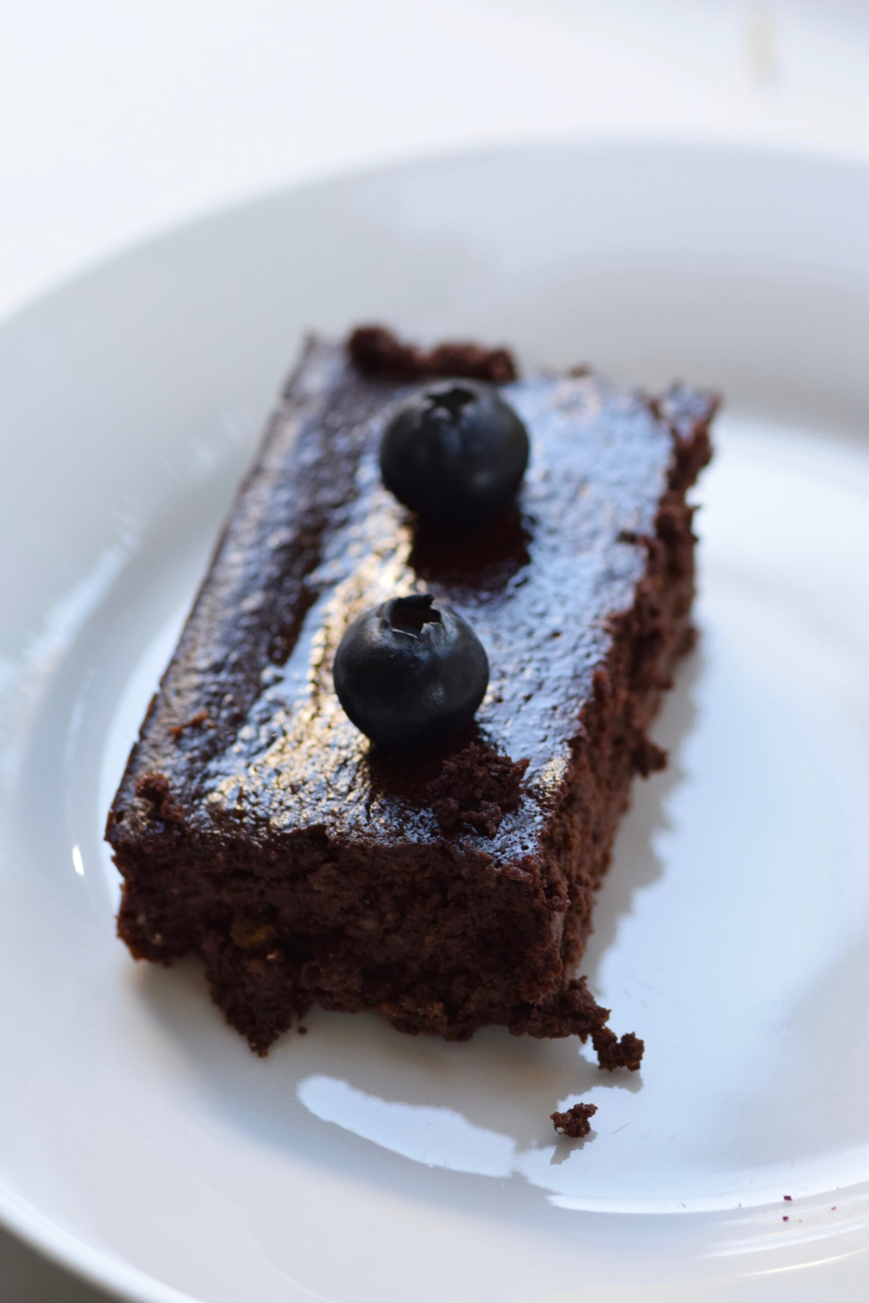 Low calorie fudgy brownies with blueberries