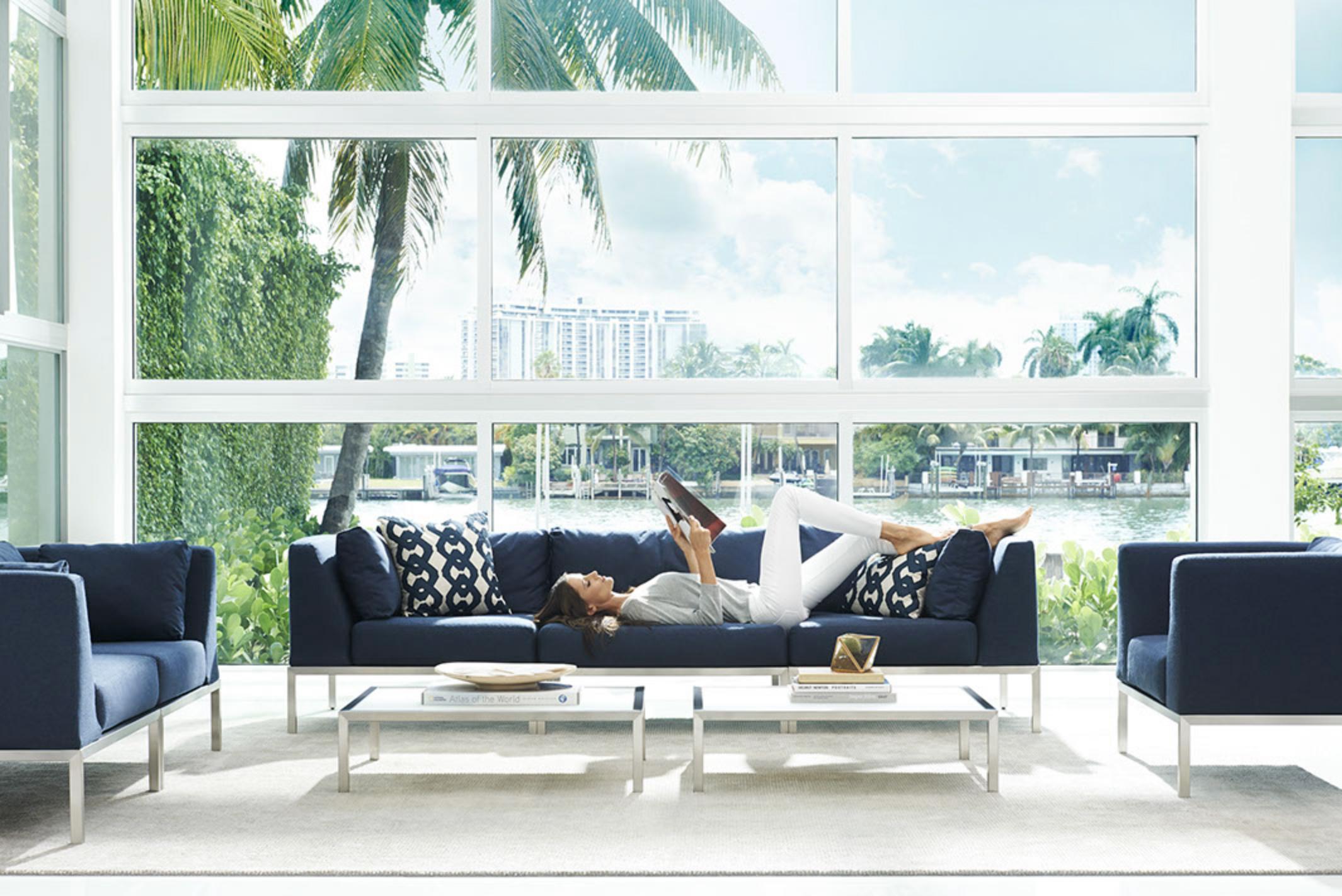 WO_Chicka-Blue Sofa
