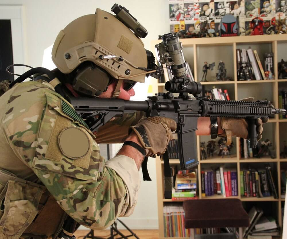 Show the SOF stance for firing