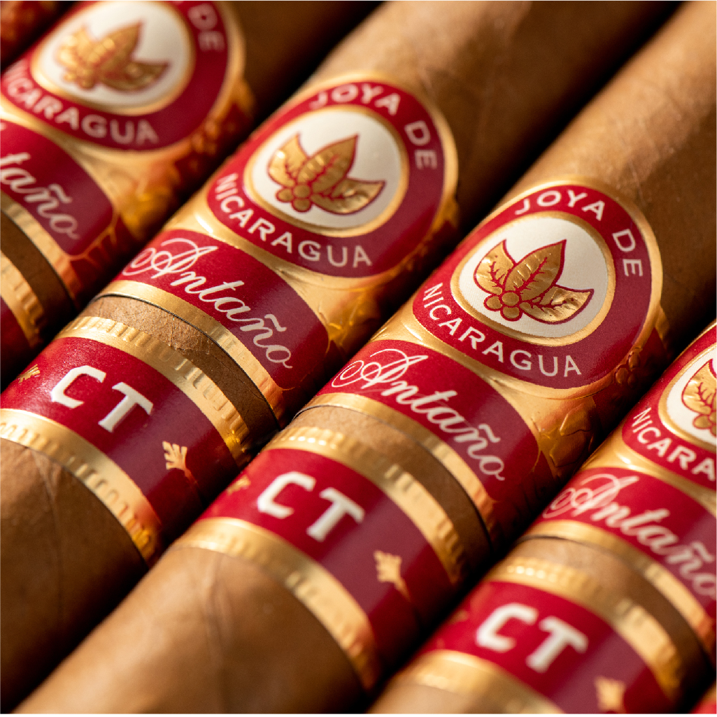 Joya de Nicaragua invites you to keep daring and experience an intense CT smoke. Antaño CT: a cigar for defiant souls