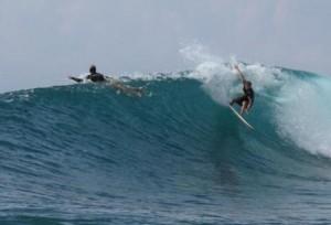Surfing Lombok Air Guling (aka Air Goleng)