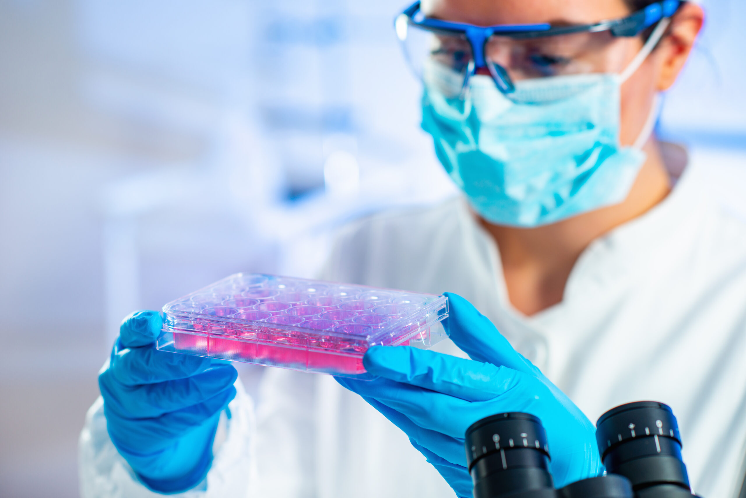 Stem Cell and Blood Platelet Procedures offer a viable alternative for individuals who are suffering from joint pain, or who may be considering elective surgery or joint replacement due to injury or arthritis. Patients avoid the lengthy periods of downtime, and painful rehabilitation that typically follow invasive surgeries.