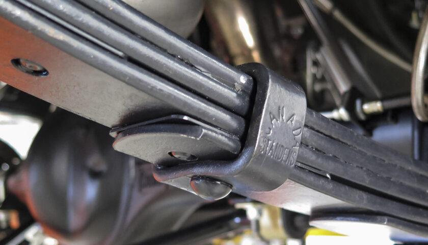 rivet style leaf spring clamp