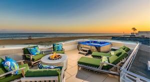 FOR SALE – East Oceanfront – Balboa Peninsula Point – $8.98mm